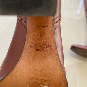 Prada boots amazing condition!!